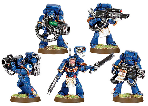 Note how the Space Marine deviating from the pattern – the one without helmet – appears to be of more importance than the others.